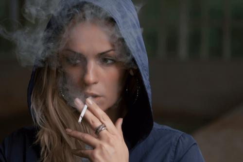 Che ruolo gioca la sensibilità all'ansia nel consumo del tabacco?