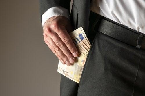 Cosa c'è dietro la grande ossessione per accumulare soldi?