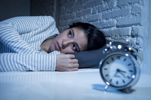 La notte alimenta le nostre preoccupazioni