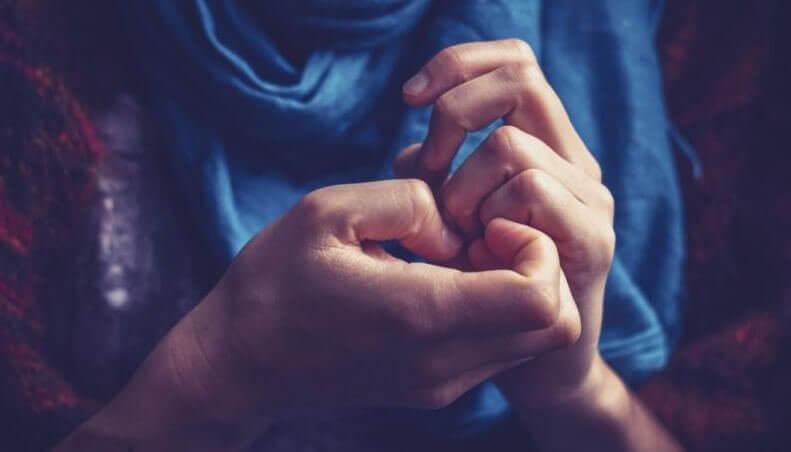 Trucco per ridurre l'ansia prima di un evento importante