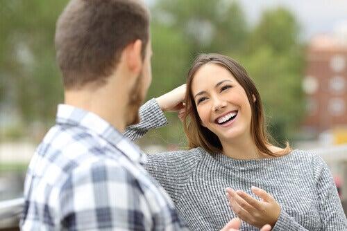 La delicata arte di rispondere ai complimenti