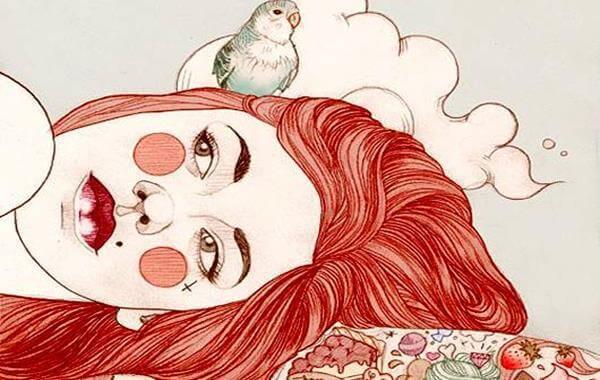 Donna stanca a causa di bassi livelli di serotonina
