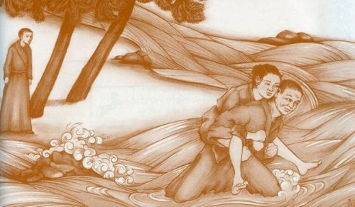 Monaco che attraversa un fiume portando sulle spalle una donna