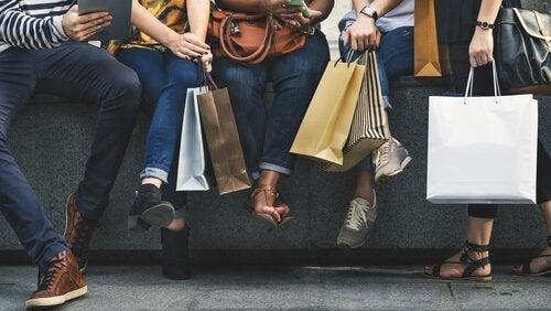 Persone che hanno fatto shopping