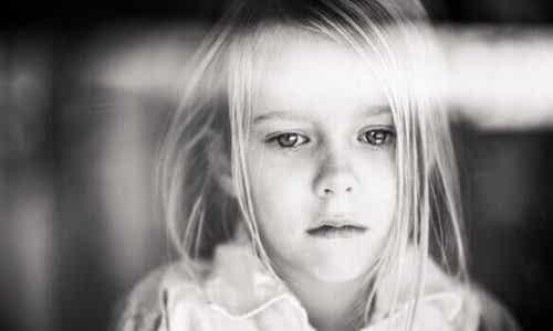 Cosa succede al cuore di un bambino non amato?