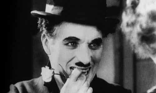 """""""Quando ho cominciato ad amarmi davvero"""", meravigliosa poesia di Charlie Chaplin"""