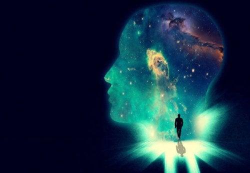 Uno psicologo che entra nella galassia della mente umana