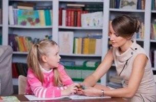 psicopedagogista e bambina