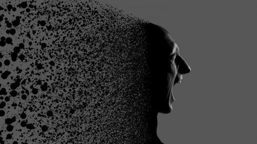 Persona che urla mentre si disintegra