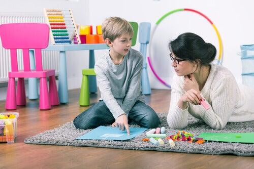 Psicopedagogista e bambino