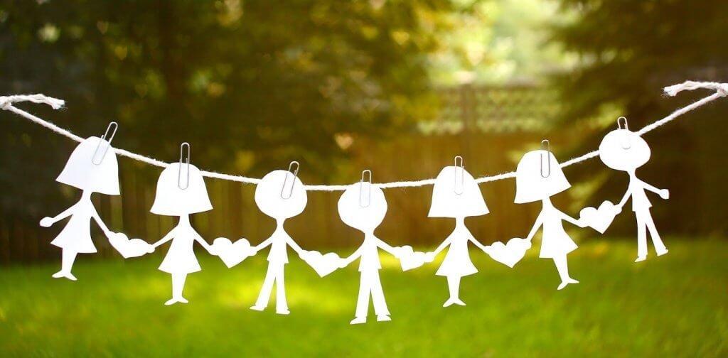 Figure umane di carta