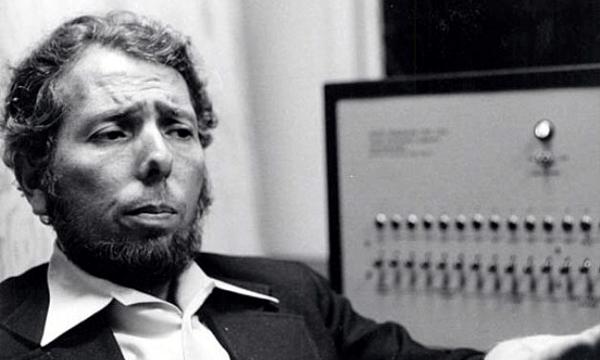 Esperimento di Milgram: l'obbedienza cieca