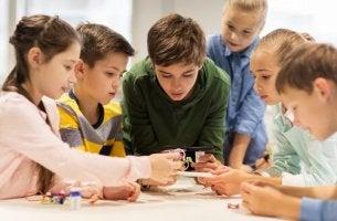 Educazione rivoluzionaria e bambini