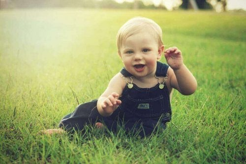 Sviluppo del bambino fra i 7 e gli 8 mesi