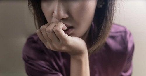 Una donna con l'ansia