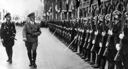Hitler ed esercito
