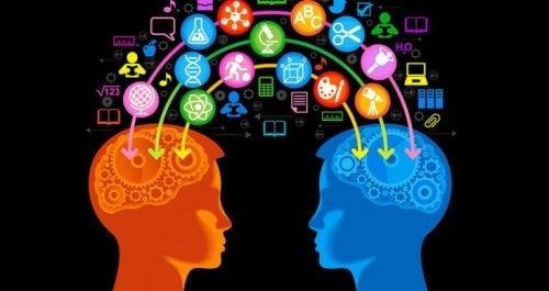Scambio di conoscenze tra due persone