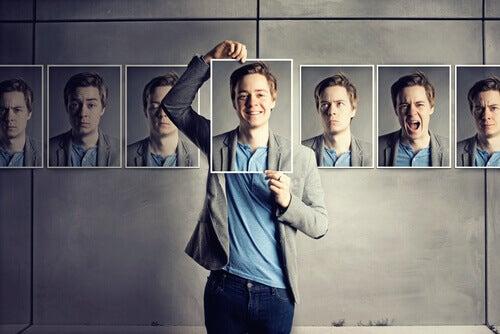 Foto della stessa persona con diverse espressioni