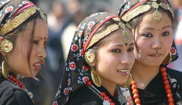 Donne nepalesi