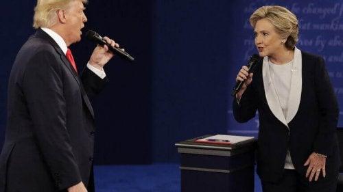 Hillary Clinton alle prese con Donald Trump e la sua personalità