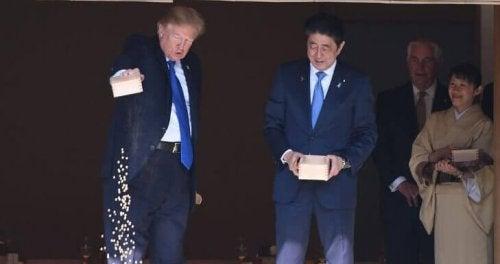 Donald Trump e il ministro giapponese