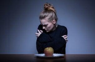 Donna anoressica regolazione emotiva disturbi del comportamento alimentare