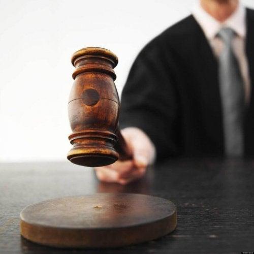 Un giudice