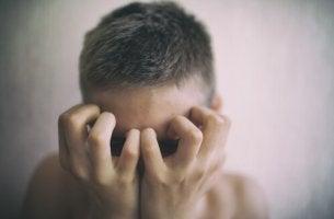 Pazienti invisibili adolescente e malattia