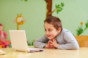 Bambino con disabilità intellettiva