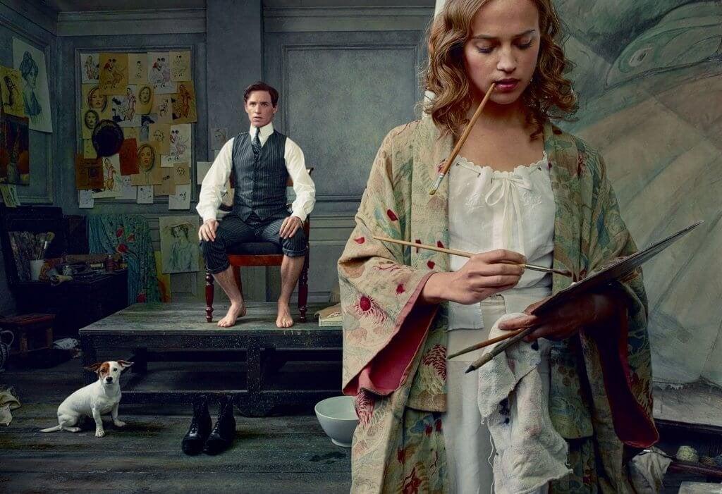 Donna che dipinge un quadro