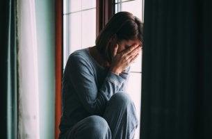 Donna triste disturbo dell'adattamento