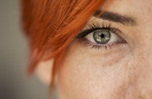 Leggere le emozioni negli occhi