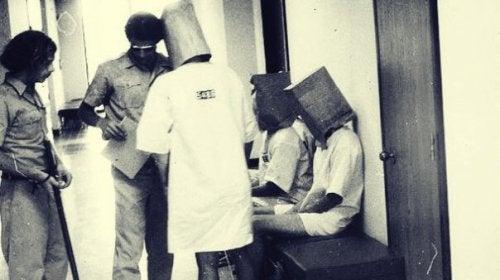 Philip Zimbardo e l'esperimento carcerario di Stanford