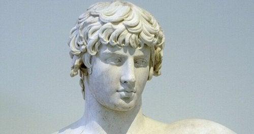Statua greca
