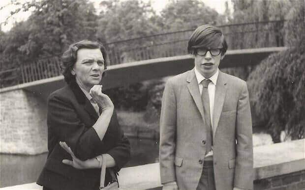 Stephen Hawking da giovane