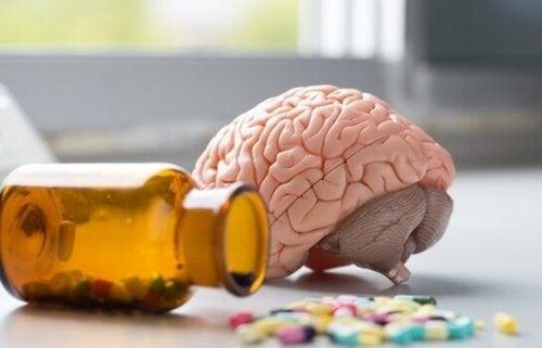 Cervello con vitamine