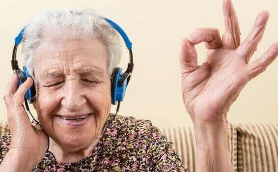 Musica e Alzheimer: risvegliare le emozioni