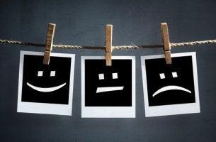 Faccine che esprimono sbalzi d'umore