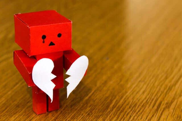 Paura di lasciare il partner: FOBU
