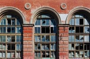 Palazzo la teoria delle finestre rotte