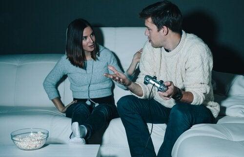 Dipendenza da videogiochi: sintomi e trattamento