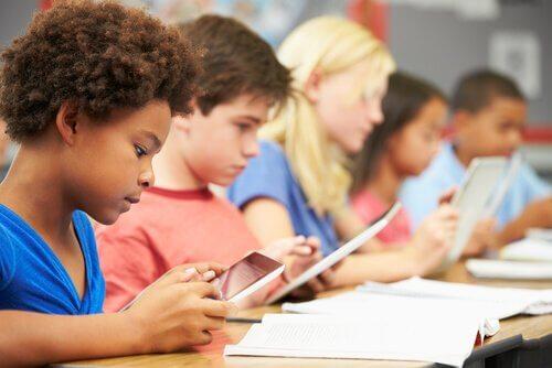 Jerome Bruner: postulati per migliorare l'educazione