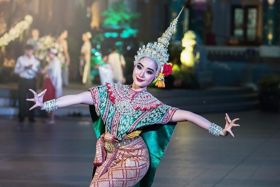 Danzatrice thailandese