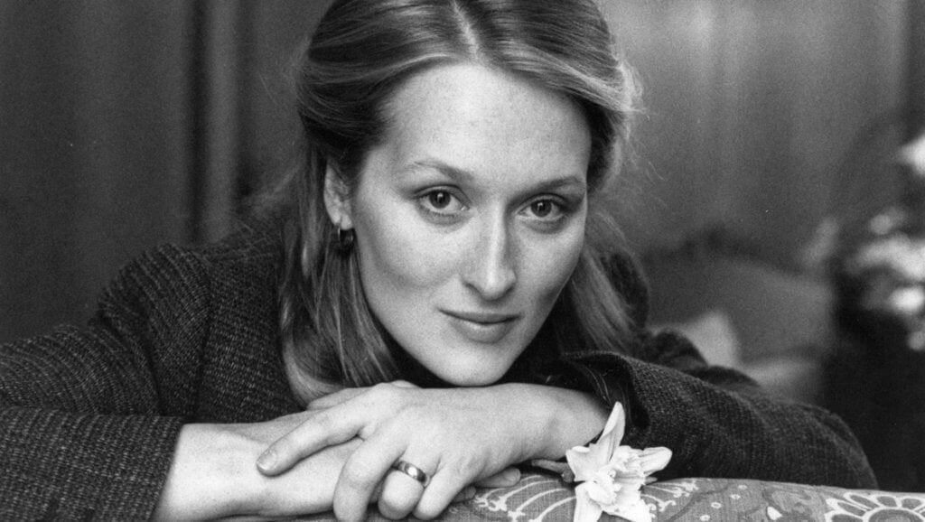 Meryl Streep giovane in posa
