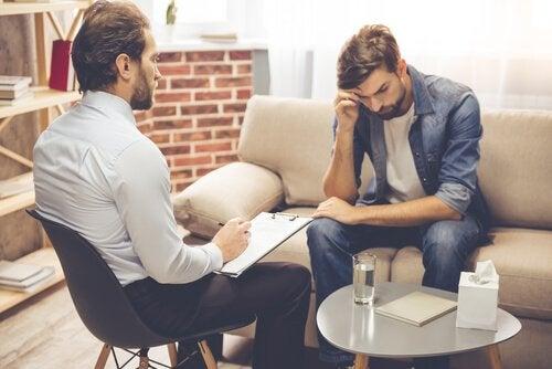 Psicologo con paziente depresso