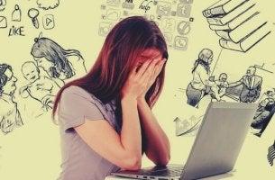 Ragazza con perdita di memoria da stress