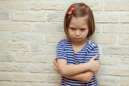 Ricatto emotivo nei bambini: strategia triste e nociva