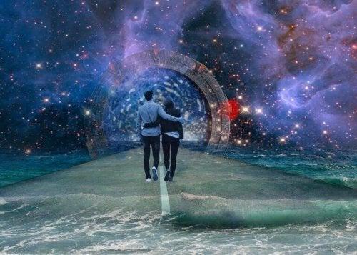 Coppia che cammina nell'universo, simbolo dei modi di amare