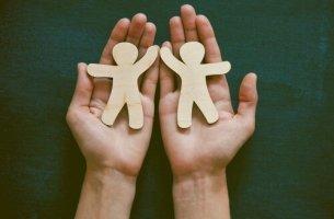 Due figure umane la filantropia