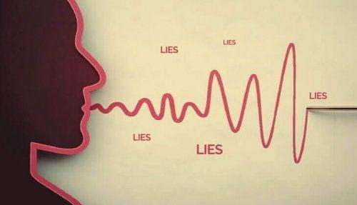 Profilo di una persona che mente